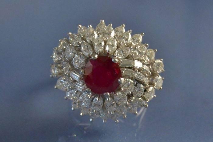 Bague platine rubis et diamants