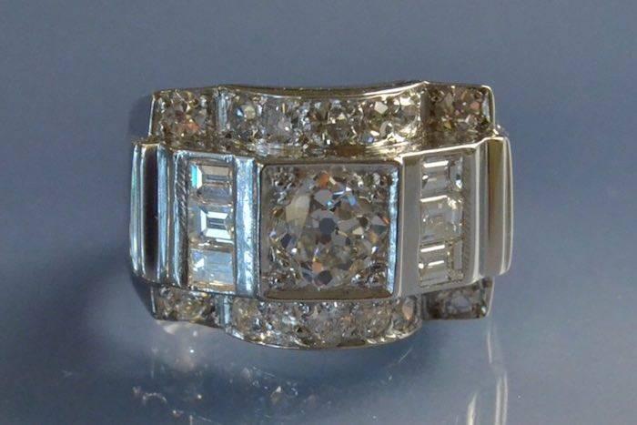 Bague années 40 diamants
