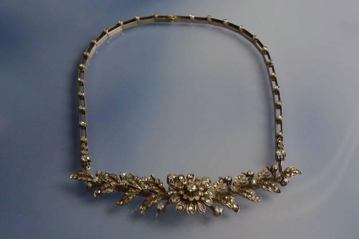 Collier trembleuse XIXème diamants