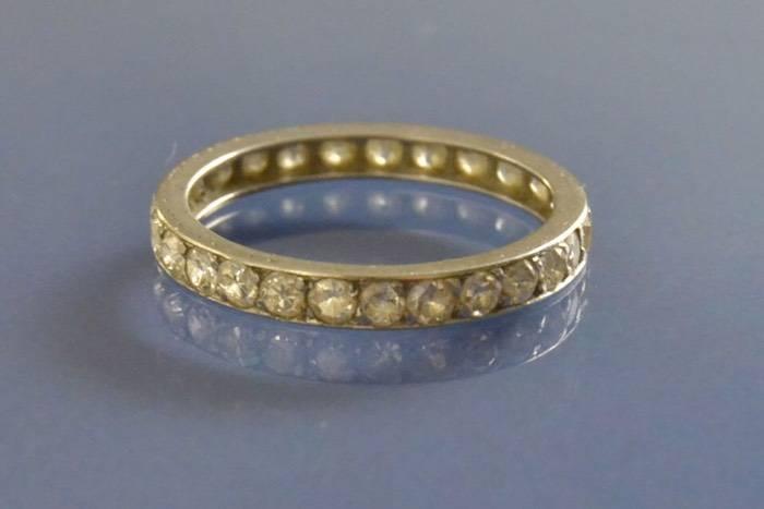 Alliance ancienne platine et diamants