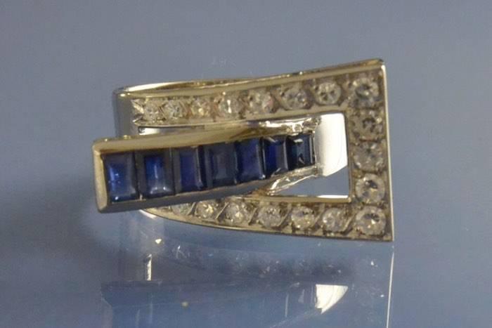 Bague années 40 saphirs et diamants