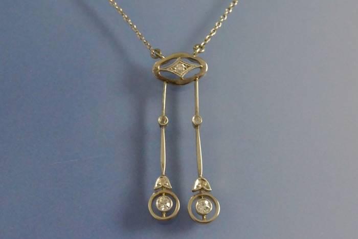 Collier négligé ancien platine et diamants