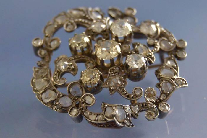 Broche ancienne diamants