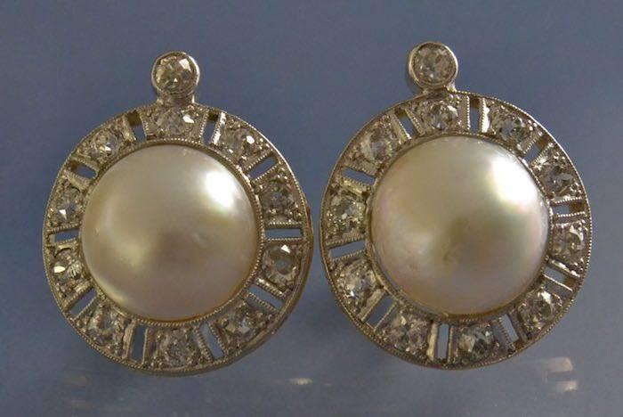 Boucles d'oreilles anciennes perles et diamants