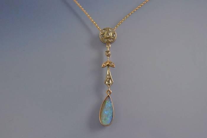 Collier ancien opale et diamants