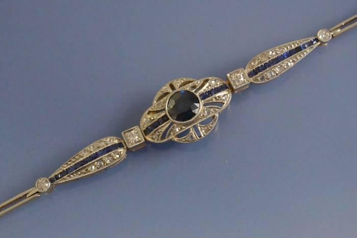 Bracelet art déco saphirs et diamants