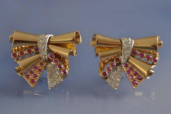 Boucles d'oreilles anciennes rubis et diamants