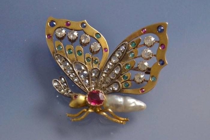 Broche Art nouveau perle et pierres fines