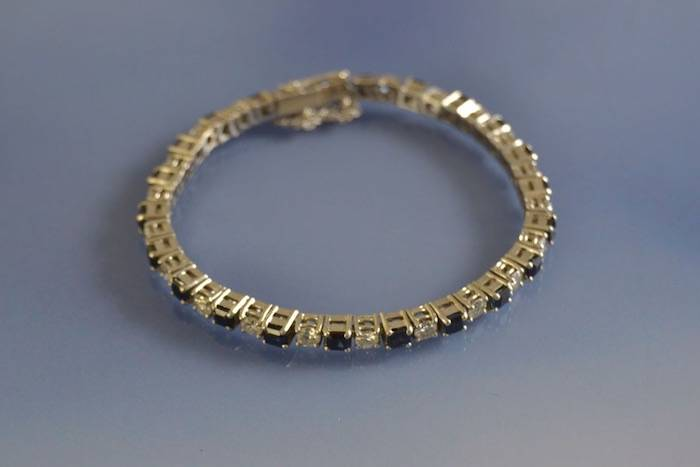 Bracelet saphirs et diamants
