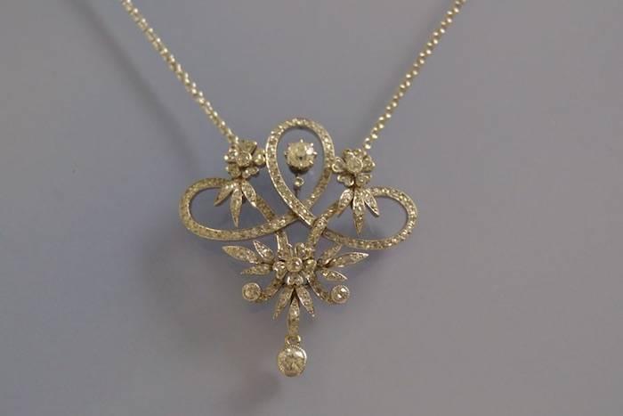 Collier et pendentif ancien diamants