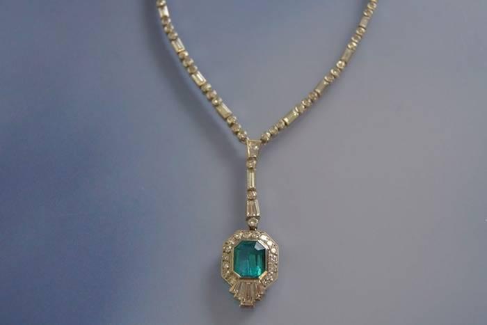 Collier et pendentif ancien émeraude et diamants