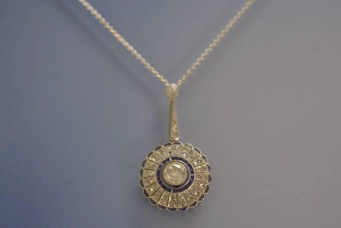 Collier et pendentif Art déco saphir et diamants