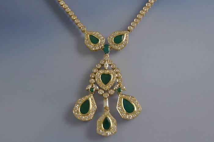 Collier émeraude et diamants