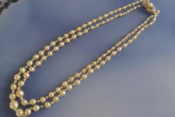 Collier de perles 2 rangs fermoir diamants