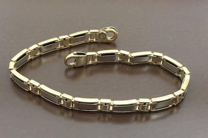 Bracelet moderne en or 18k