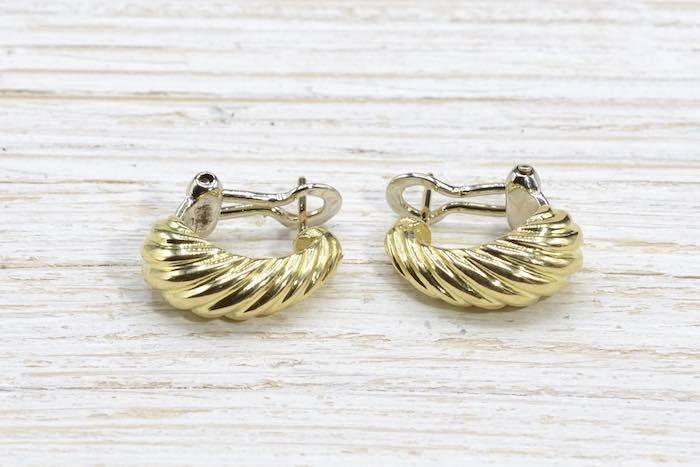 Boucles d'oreille en or jaune 18k