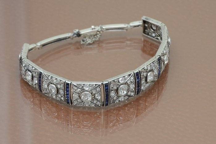 Bracelet Art Deco saphirs et diamants