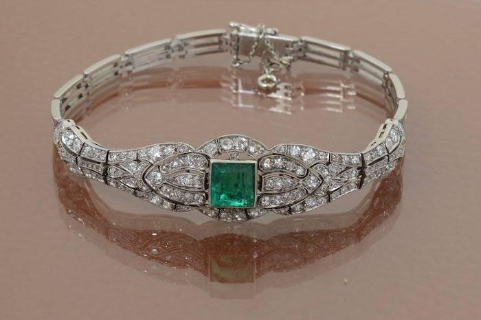 Bracelet Art Déco émeraude et diamants en platine