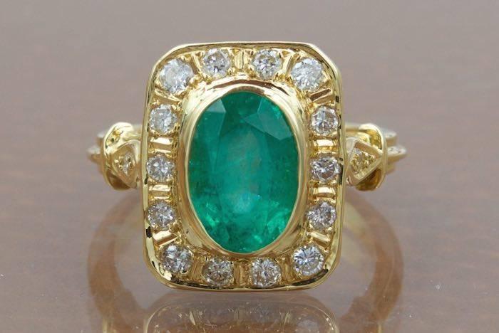 Bague émeraude et diamants en or 18k