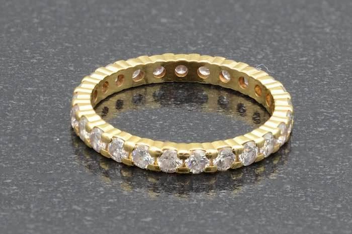 Alliance diamants en or jaune 18k