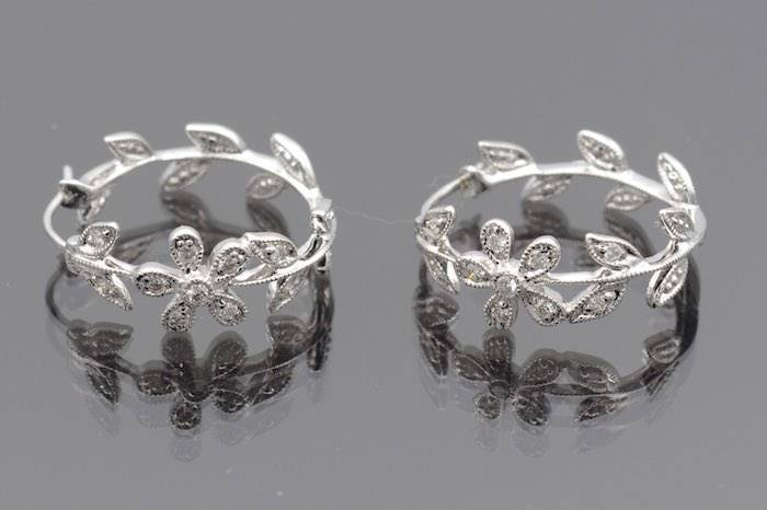 Boucles d'oreilles diamants en or 18k