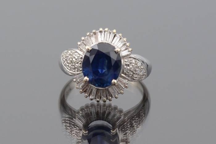 Bague saphir et diamants en or 18k