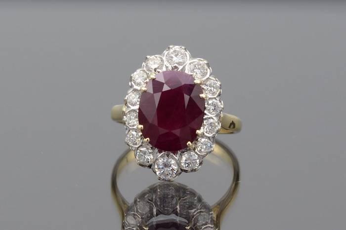Bagues rubis diamants en or 18k