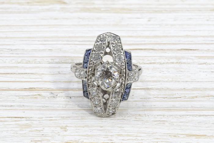 Bague Art Déco diamants et saphir