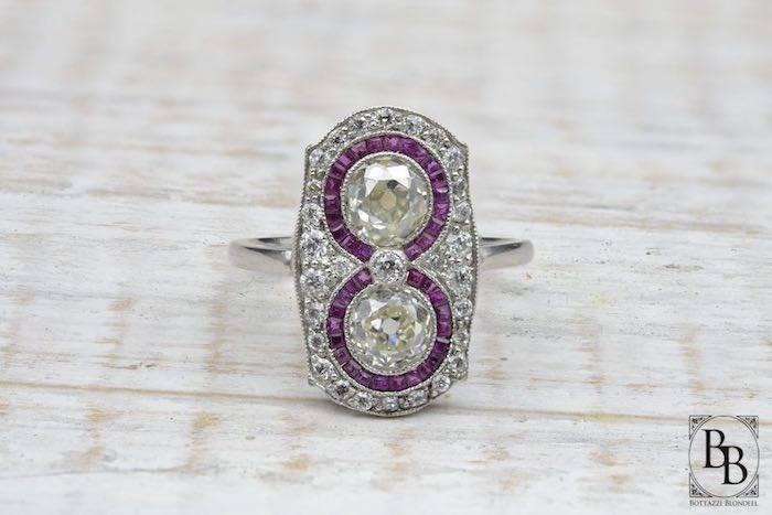 Bague Art Déco rubis diamants en platine
