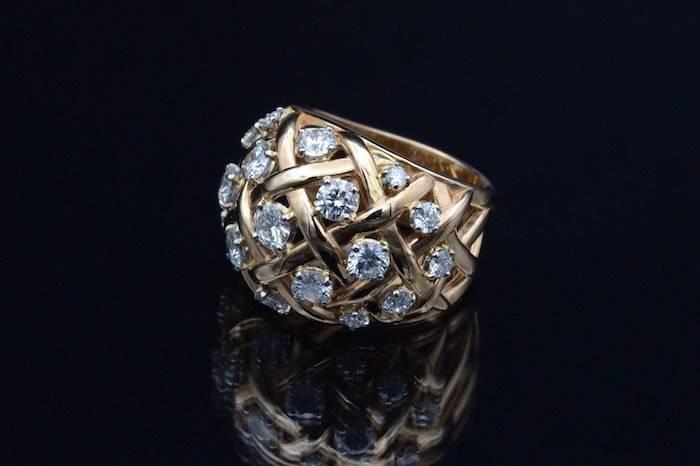 """Bague """"Boule"""" diamants en or 18k"""