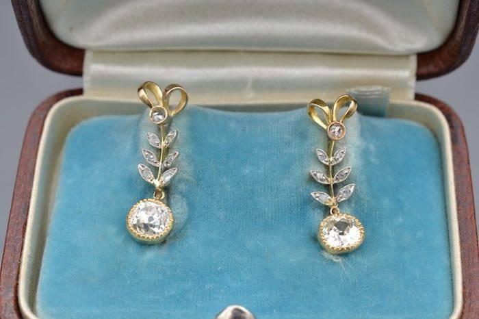 Boucles d'oreilles 1900 diamants