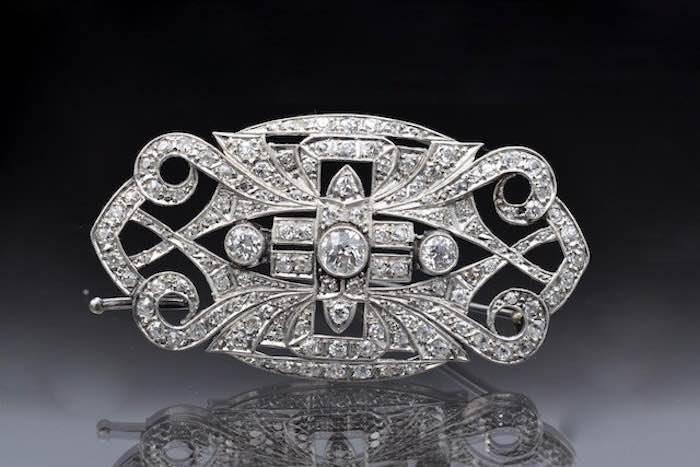 Broche Art Déco diamants