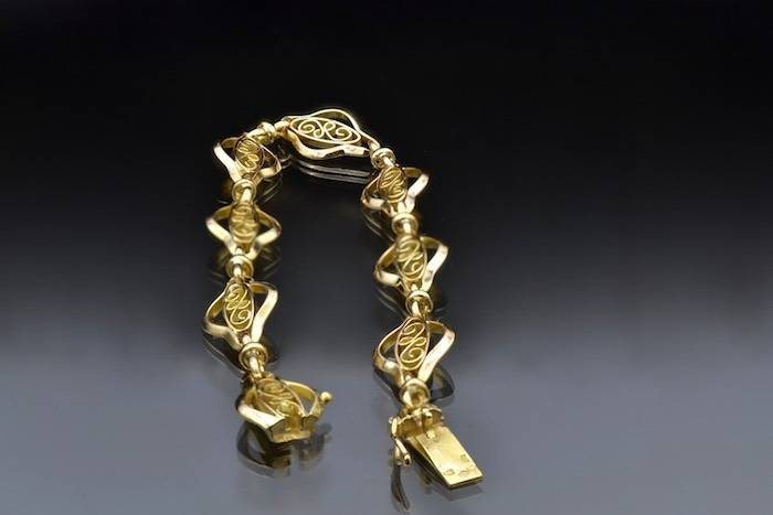 Bracelet ancien en or jaune 18k