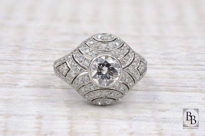 Bague boule Art Déco diamants