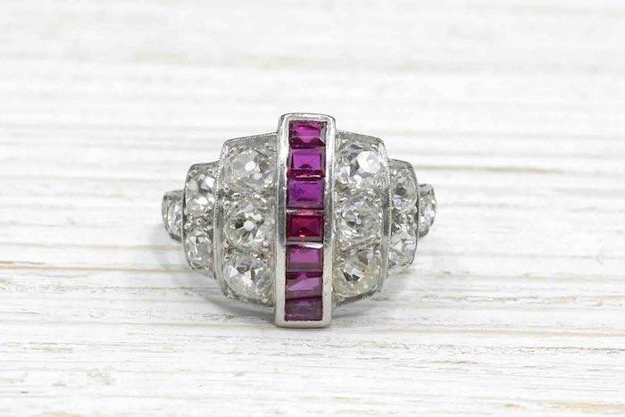 Bague platine Art Déco rubis diamants