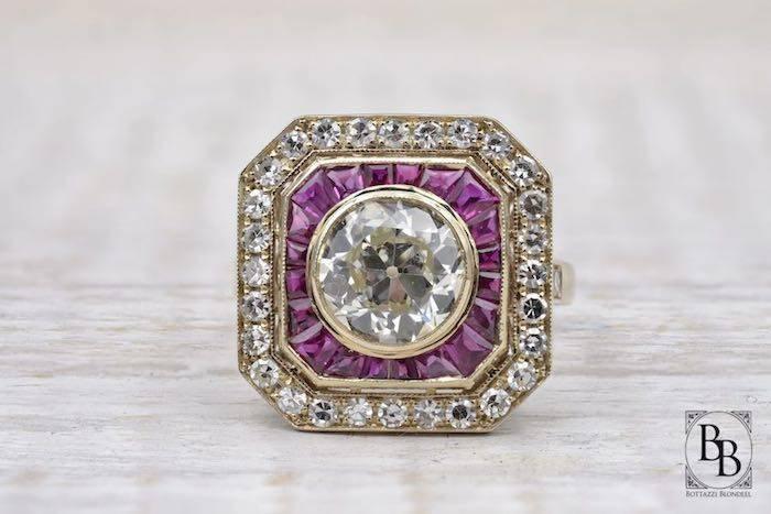 Bague diamants et rubis calibrés en or 18k