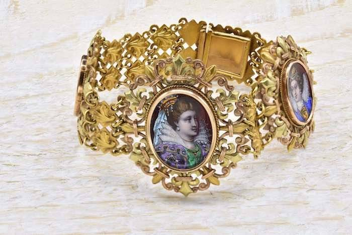 Bracelet 19e siècle émail et or jaune 18k