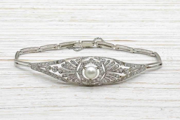 Bracelet Art Déco perle et diamants en platine