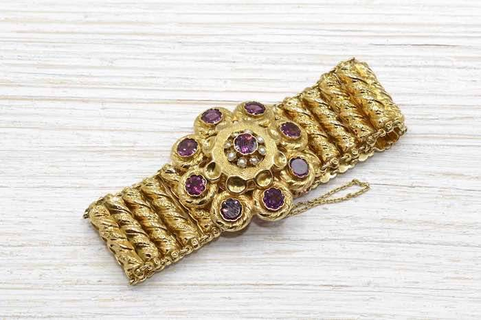 Bracelet 19e grenats et perles fines en or jaune 18k