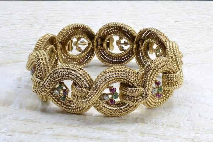 Bracelet des années 1960 en or jaune 18k