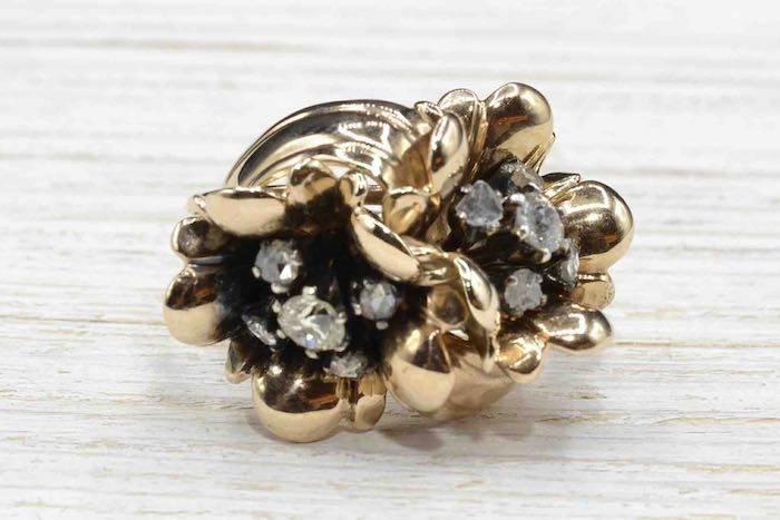 Bague des années 1950 fleurs serties de diamants