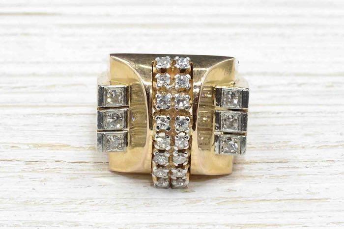 Bague des années 1940 en or jaune 18k et diamants