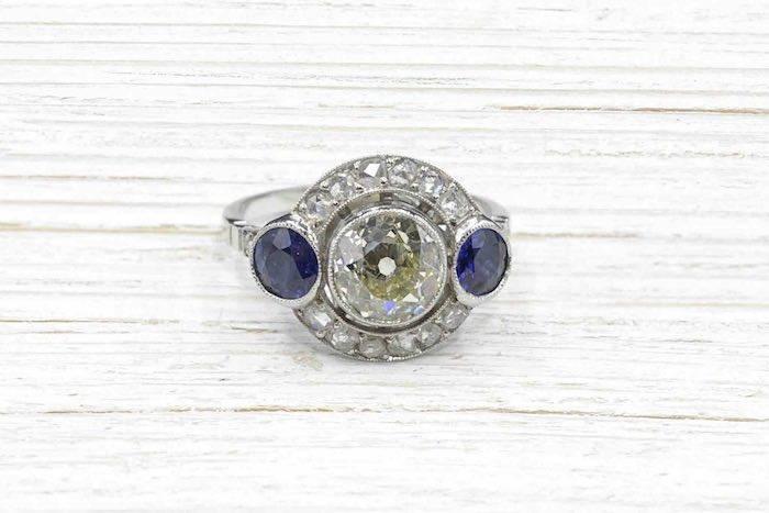 Bague 1930 diamant et saphirs en platine
