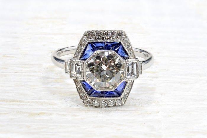 Bague octogonale diamant et saphirs