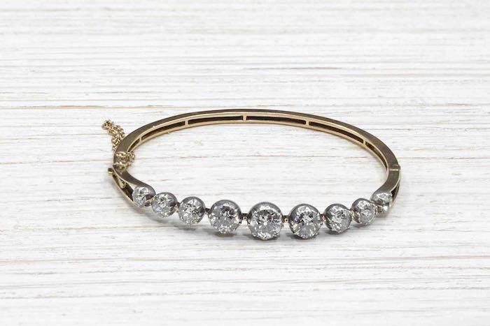 Bracelet ancien serti de diamants en or jaune