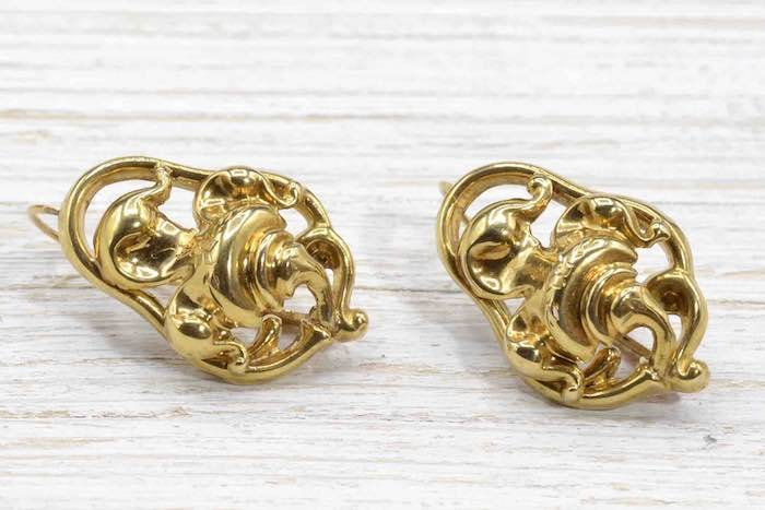 Boucles d'oreilles 19e siècle en or jaune 18k