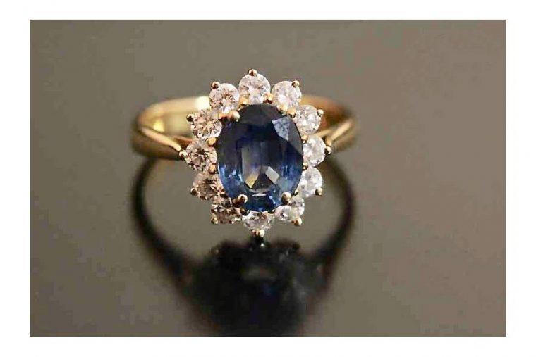 Bague diamant bleue marine