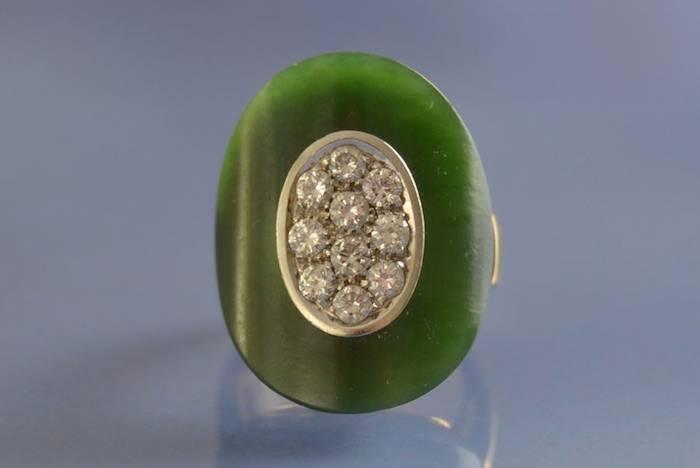 Bague sertie de pierre de jade