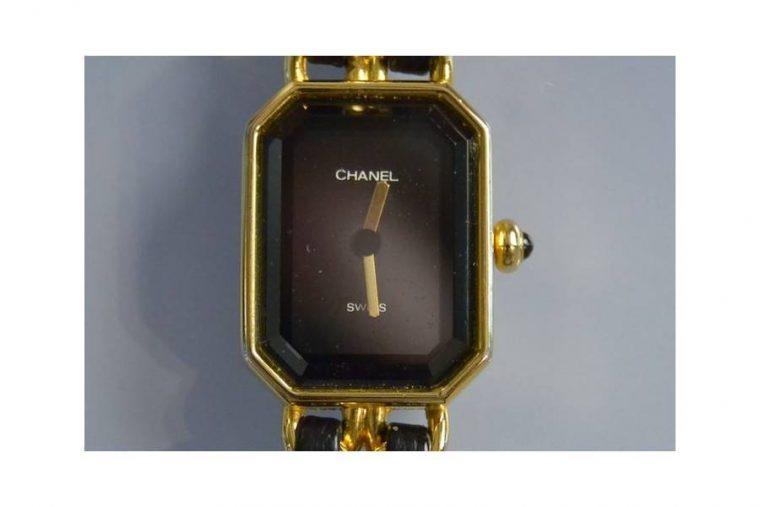 Chanel montre femme
