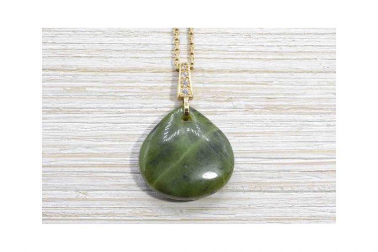 Bijoux en pierre de jade